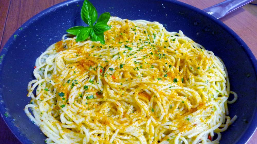 Ricetta-Spaghetti-alla-Bottarga
